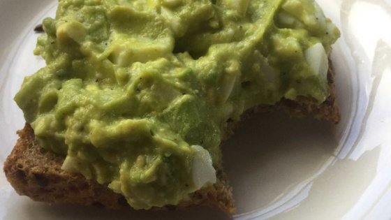Easy Egg Avocadonnaise